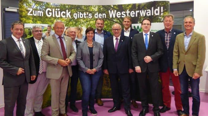 """Mitglieder des Verwaltungsrates und der operativen Ebene von """"Wir Westerwälder"""""""