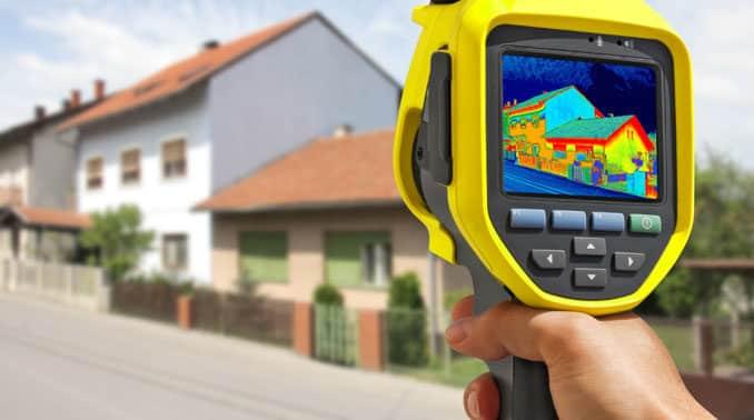 Thermografie-Spaziergang beleuchtet Wohnhäuser in Katzwinkel in Sachen Wärmeverluste