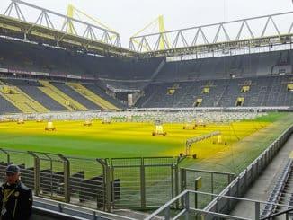 PM_Stadionbesichtigung